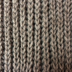 tricoter en côtes perlées