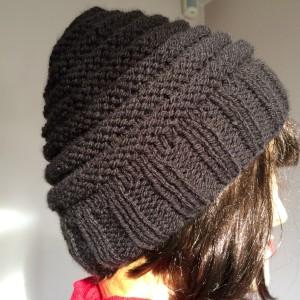 Tricoter un bonnet en côtes 2 2 et point de godron b26d15fef6f