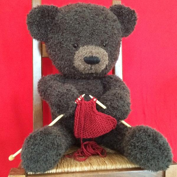tricoter un ours en peluche