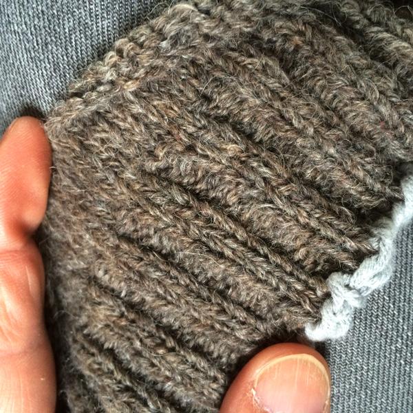 Bonnet slouchy - Tricoter avec une aiguille circulaire ...